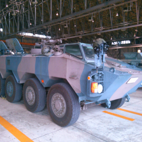 96式装輪装甲車B型「即応機動連隊」