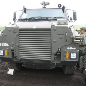 1/72 輸送防護車(Bushmaster) ①